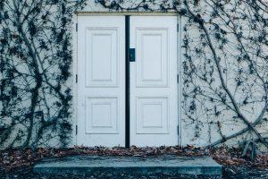 דלתות מעוצבות כנף כפול רב בריח